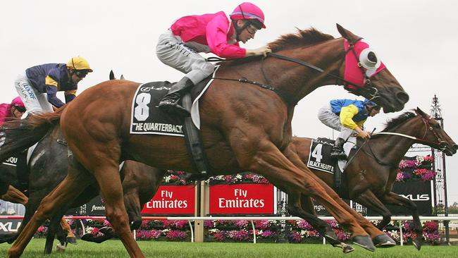 The Quarterback wins the Group 1 Newmarket Handicap at Flemington in 2016.