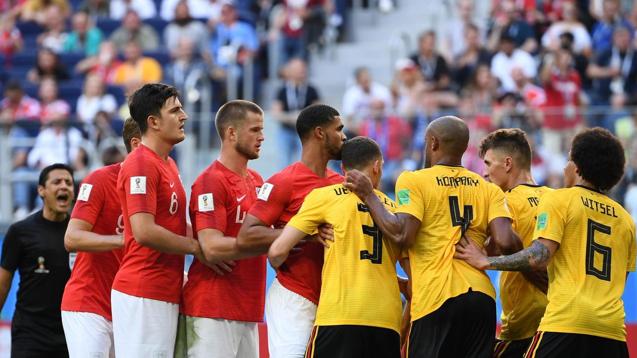 England and Belgium players line up for a corner.