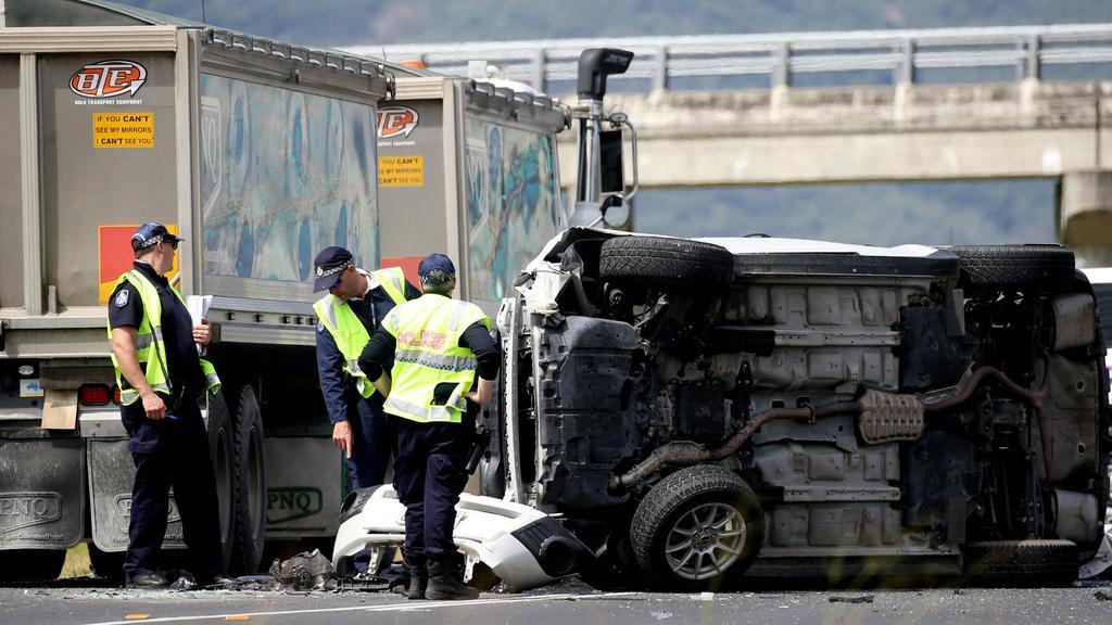 Bruce Highway reopens after elderly Gordonvale man dies in