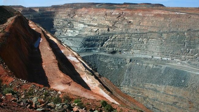 The massive Kalgoorie Super Pit. Picture: Flickr Eulinky