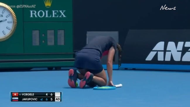 Australian Open qualifying player suffers coughing fit during match