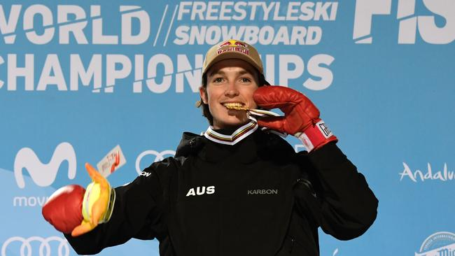 James poses with his gold medal on the podium of the men's halfpipe final in the FIS Snowboard and Freestyle Ski World Championships 2017 in Sierra Nevada.