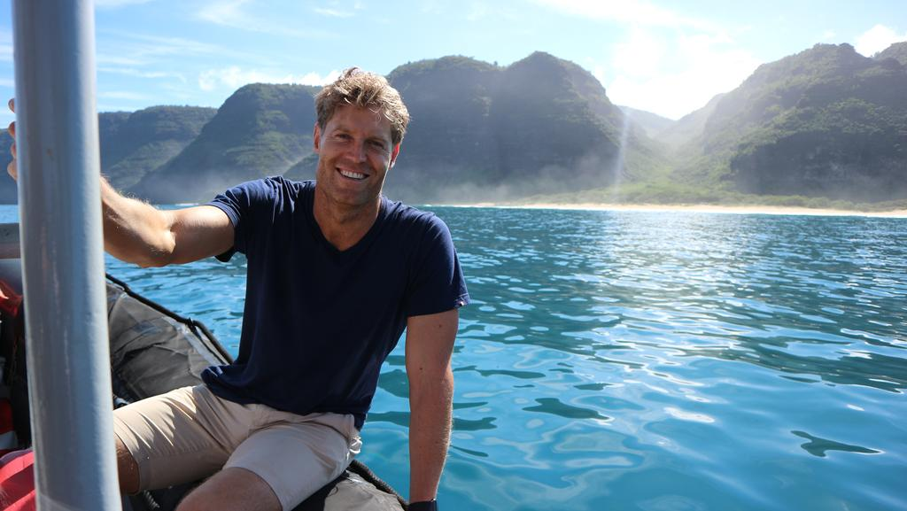 Dr Chris Brown The Living Room Top Hawaii Tips Escape