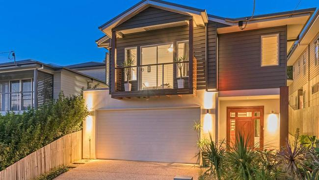 The house at 172 Morehead Ave, Norman Park, is set to go to auction.