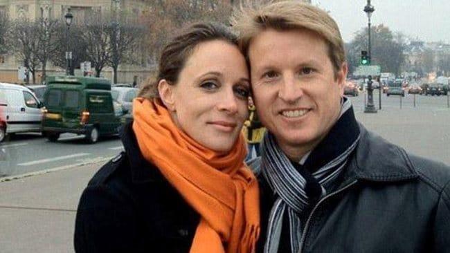 Facebook photo of Paula Broadwell with her husband Scott.