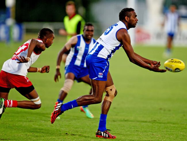 Liam Jurrah in action for NTFL club Souths. Pic: Charlie Lowson.