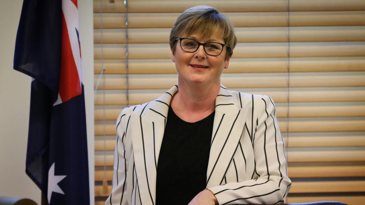 Linda Reynolds confuses party's wages policy with Labor's