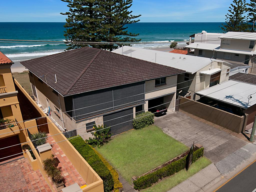 "<span class=""h2"">MERMAID BEACH</span> 25 Hedges Ave, Mermaid Beach PRICE: $5 million SOLD: April 17, 2015 AGENT: Sold by owner THE sale of this beachfront house was the second-highest price paid for a property on Hedges Ave in 2015. The house was built in 1975 according to property records and is situated on a 607sq m block. The average size beachfront block on Hedges is 405sq m. The three-bedroom brick and tile home is in an original condition and features a spacious kitchen with ocean views and a large backyard with direct access to the beach."