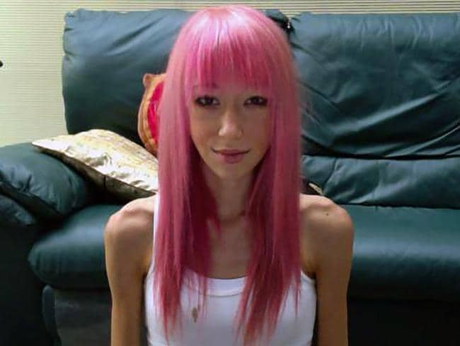 Sophie's signature pink hair began to fall out as she lost weight. Picture: Caters