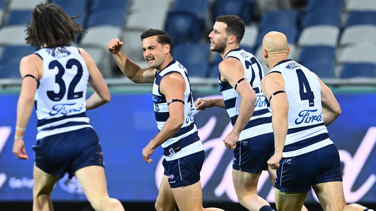 Afl Scores Round 2 Geelong Cats Smash Hawthorn Scores Stats Updates Video Live Stream Live Blog Fox Sports