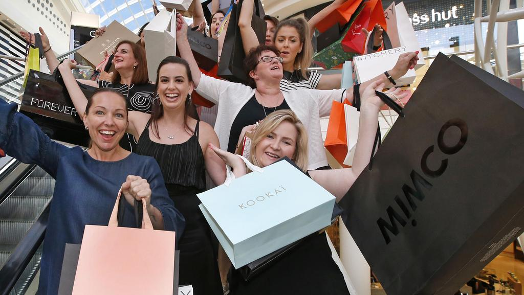 Black Friday 2017 Australia Chadstone Stores Offering Discounts As Online Retailers Offer Up Bargains Herald Sun