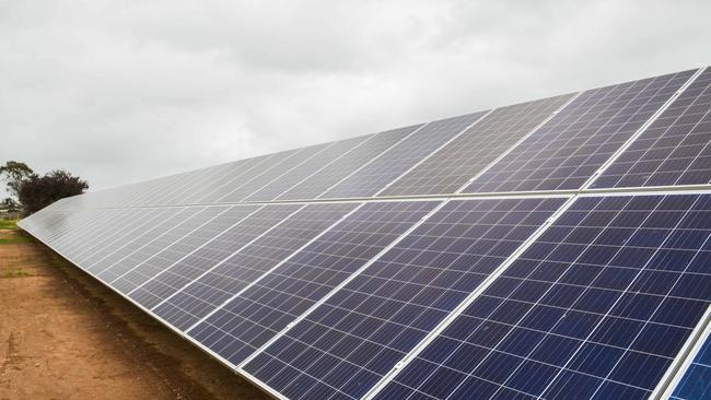 Four huge solar farms — three in SA and one in NSW — are planned on the route of the line which stretches from Robertstown in SA's Mid North and Wagga Wagga in NSW