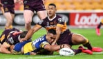 BRISBANE, AUSTRALIA - MAY 28: Marata Niukore of the Eels scores a try during the round three NRL match between the Brisbane Broncos and the Parramatta Eels at Suncorp Stadium on May 28, 2020 in Brisbane, Australia. (Photo by Bradley Kanaris/Getty Images)