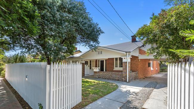 36 Chelmsford Ave Millswood sold ahead of its scheduled auction in February, after attracting dozens of potential buyers.