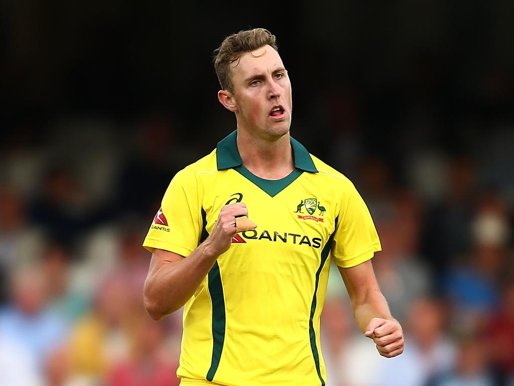 Billy Stanlake took 3-35 off 10 overs.