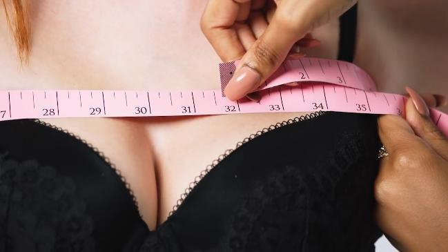 Victoria's Secret: How to know if your bra is the wrong size