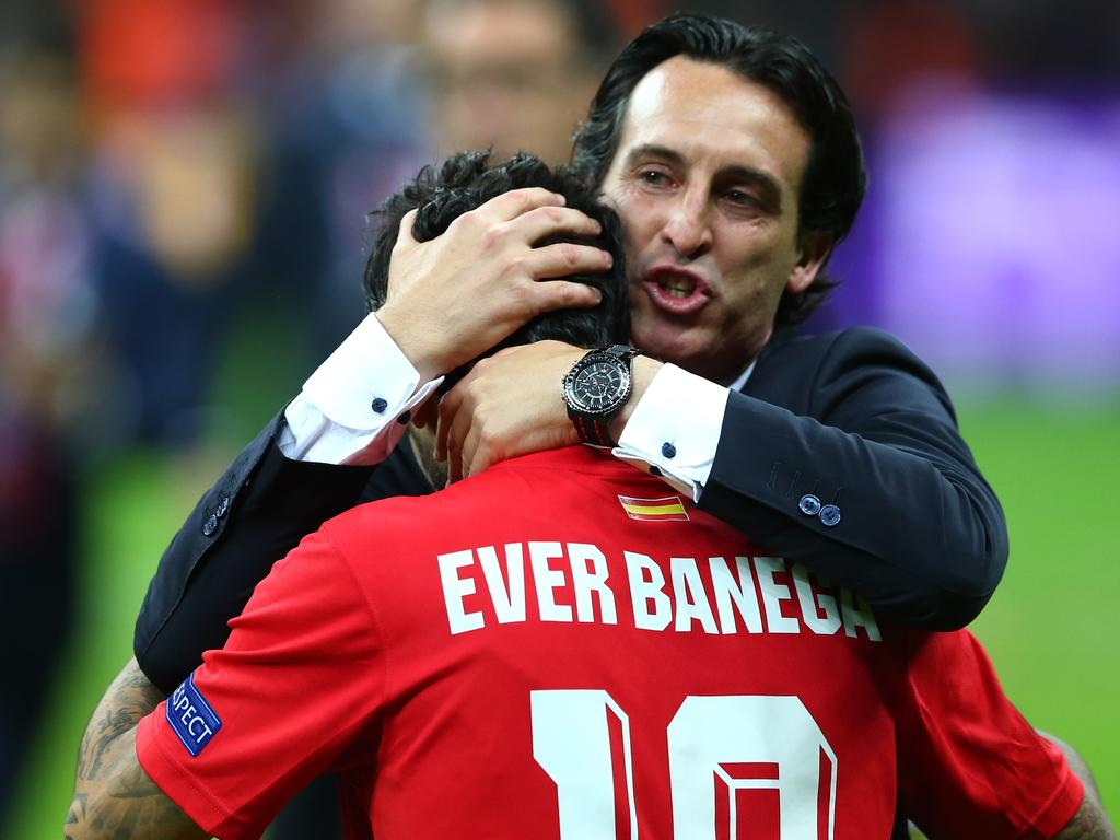Unai Emery and Ever Banega worked together at Sevilla.