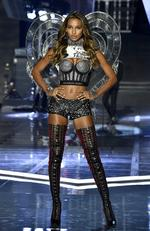 SHANGHAI, CHINA - NOVEMBER 20: Victoria's Secret Angel Jasmine Tookes walks the runway during the 2017 Victoria's Secret Fashion Show In Shanghai at Mercedes-Benz Arena on November 20, 2017 in Shanghai, China. (Photo by Frazer Harrison/Getty Images for Victoria's Secret)