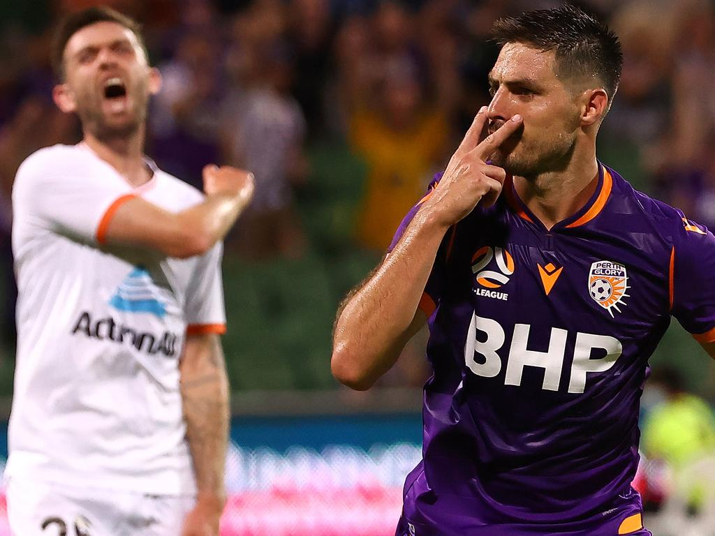 A-League - Perth Glory v Brisbane Roar