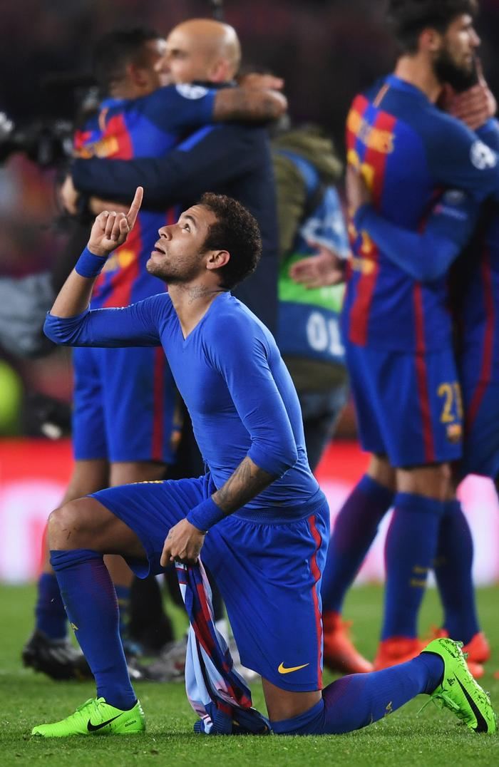 4867e8c35 Neymar transfer news  Barcelona to PSG
