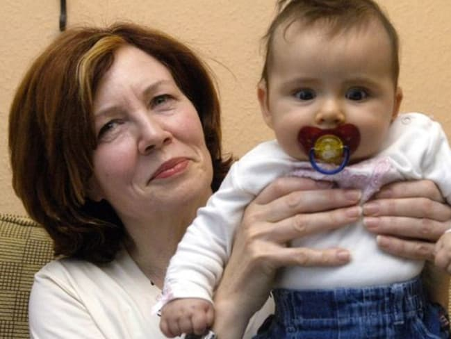Criticised ... an archive picture of then 55-year-old Annegret Raunigk posing with her daughter Leila in Berlin, Germany, on 3 November 2005. The 65-year-old has given birth to quadruplets. Picture: AP