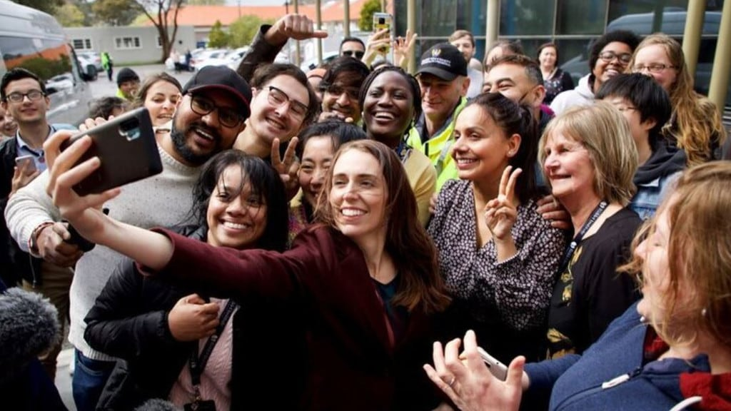 Jacinda Ardern has been criticised for breaking her government's own social distancing guidelines with this selfie.