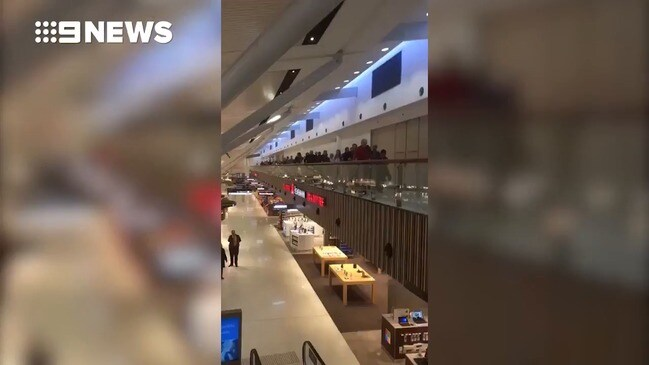 Fire at Sydney Airport (9 News)