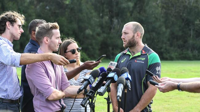 James Stannard addresses the media about the future of his playing career in Sydney.