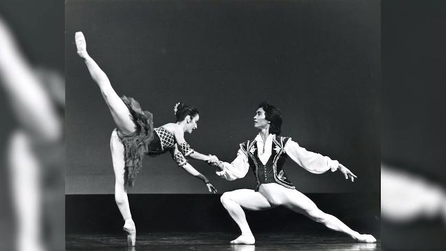 Mao's Last Dancer Li Cunxin talks about dancing with his wife Mary