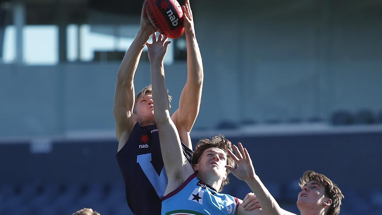 Fischer McAsey marks in the Vic Metro loss to the Allies. Photo: Dylan Burns/AFL Photos via Getty Images.