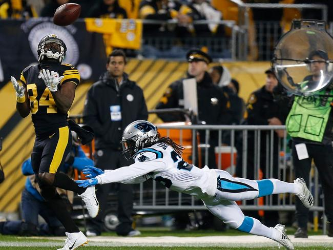 The Steelers' Antonio Brown about to cross for a 53 yard touchdown. Picture: AFP