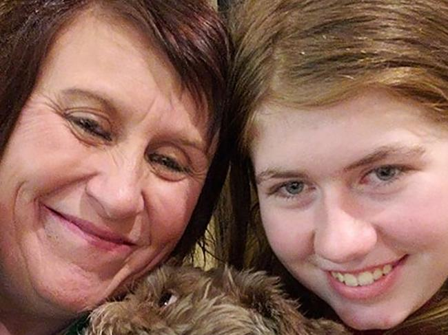 Jennifer Smith with her niece Jayme Closs. Picture: AFP
