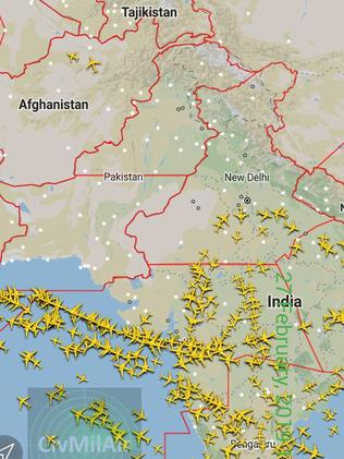A map showing the world's airlines avoiding Pakistan.