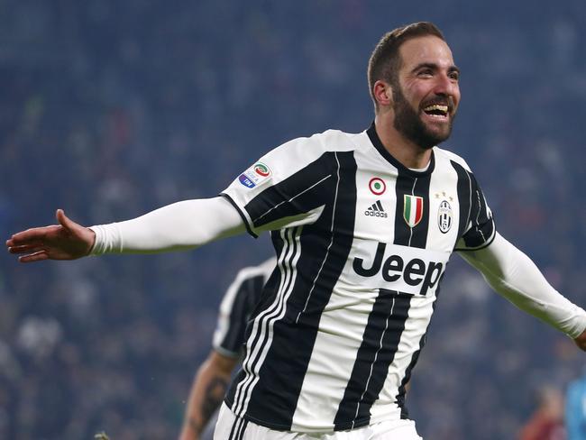 Juventus' Gonzalo Higuain celebrates.