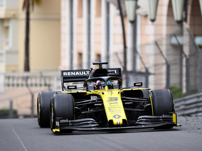 Daniel Ricciardo had another day to forget. (Photo by Michael Regan/Getty Images)