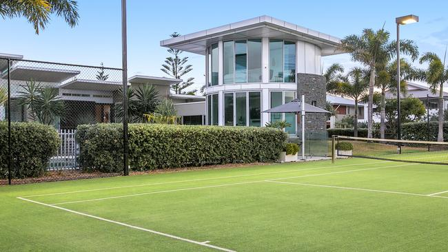 The tennis court is a standout feature of the property at 44-48 North Point Ave, Kingscliff. Image: Desire Media.