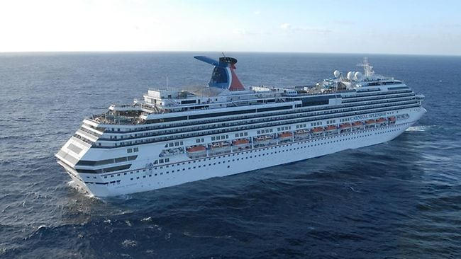 No Injuries But Australians Are Left Stranded By Fire On A - Stranded cruise ship