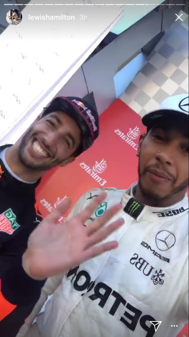 Daniel Ricciardo plays classic prank on Lewis Hamilton after stealing his Formula 1 rival's phone