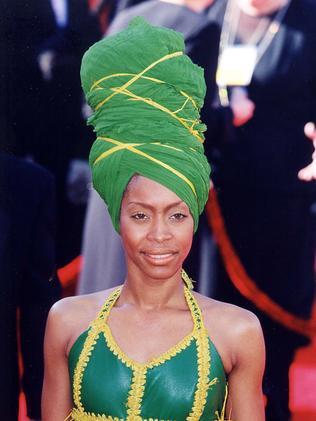 Erykah Badu at the Academy Awards in 2000.