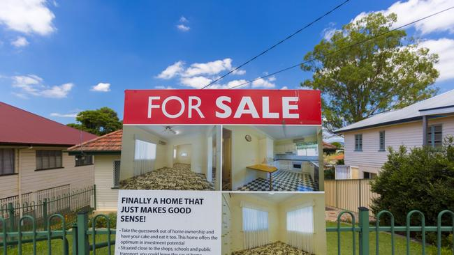 The APRA change is likely to stem the downturn in housing prices, according to Moody's Investors Service. Picture: AAP Image/Glenn Hunt.