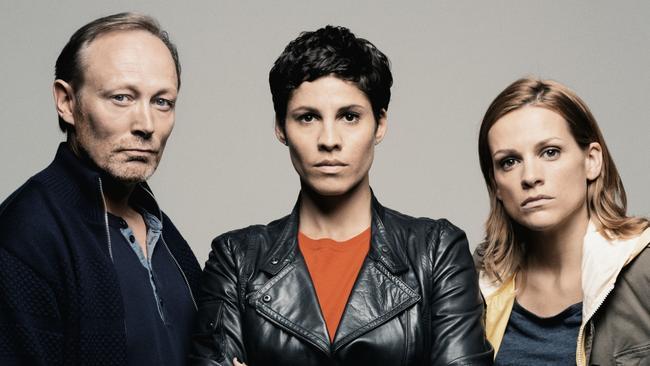 De cast van The Team I met Lars Mikkelsen, Jasmin Gerat & Veerle Baetens