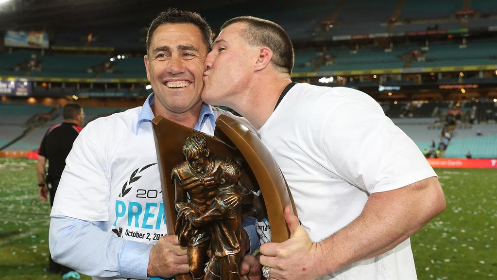 kissing coach melbourne