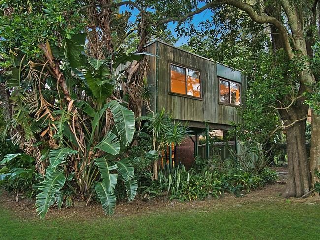 The exterior of Wright's new Byron Bay pad.
