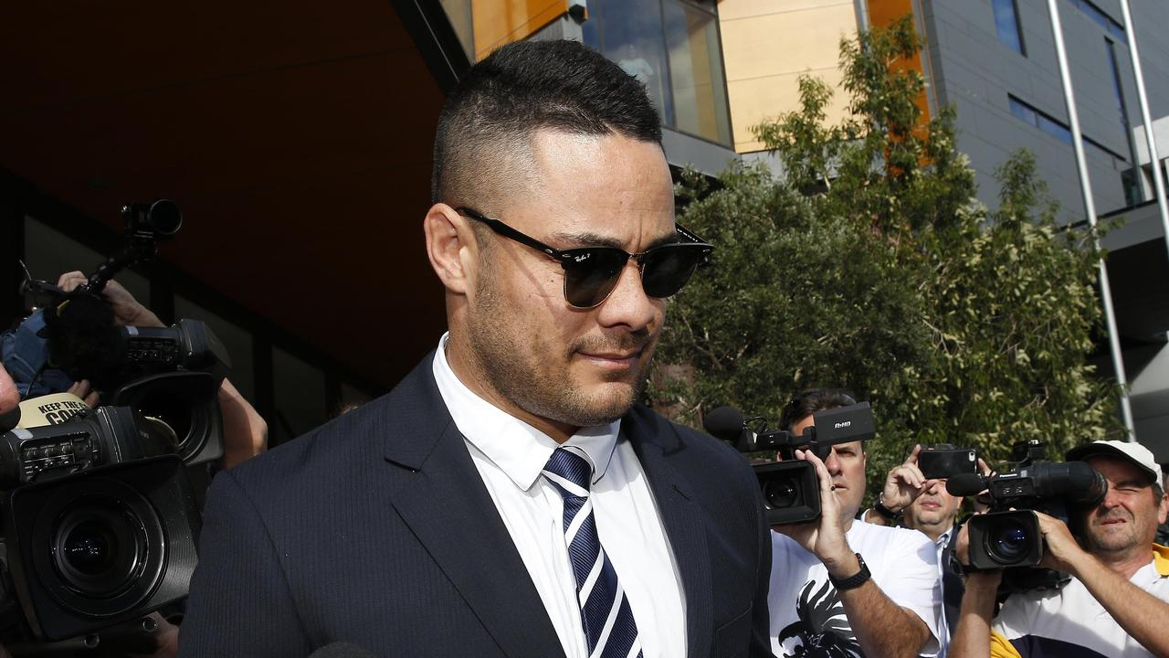 Former NRL player Jarryd Hayne will reportedly play football on the Central Coast.