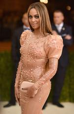 "Beyonce attends the ""Manus x Machina: Fashion In An Age Of Technology"" Costume Institute Gala at Metropolitan Museum of Art on May 2, 2016 in New York City. Picture: Dimitrios Kambouris/Getty Images/AFP"