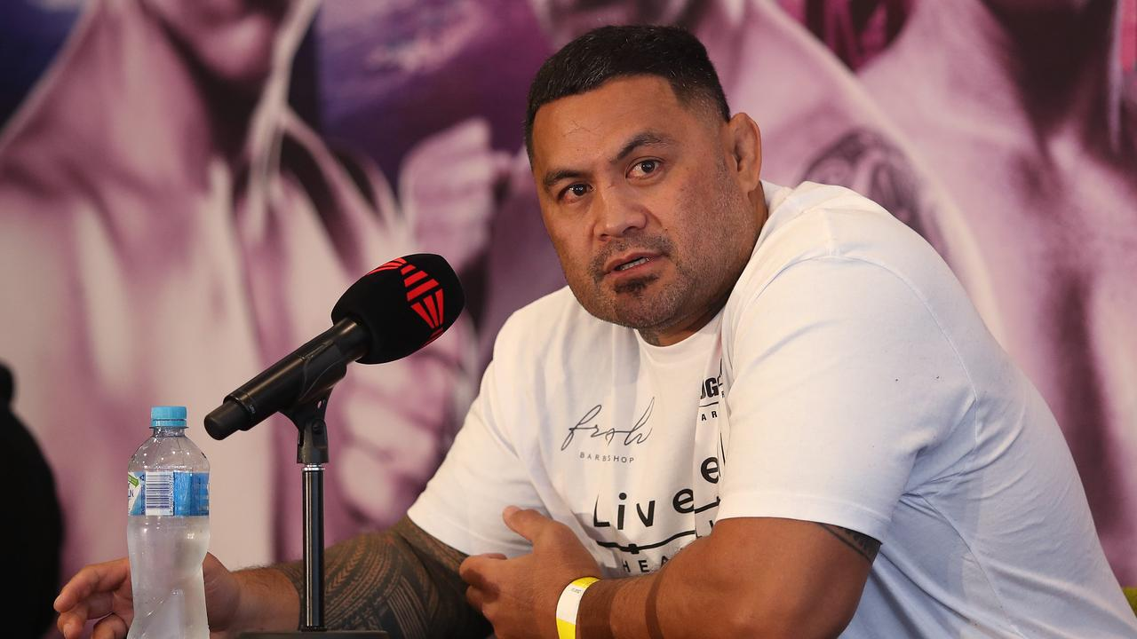 Mark Hunt speaks to the media