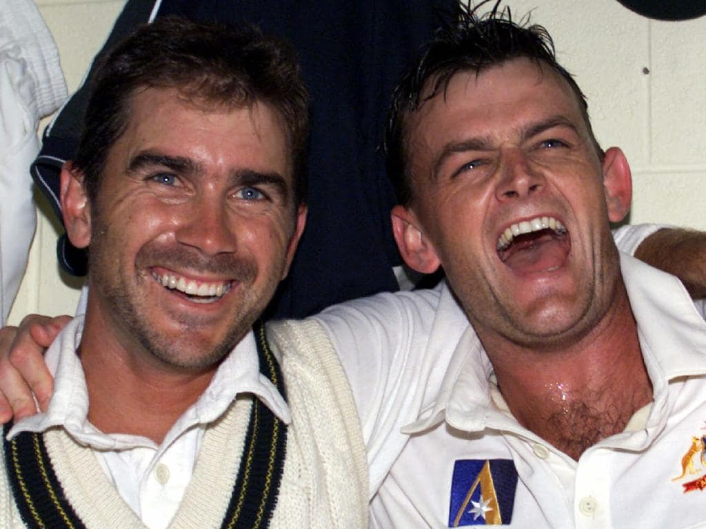 NOVEMBER 22, 1999 : Batsmen Justin Langer (L) & Adam Gilchrist celebrate after both scored centuries in winning second test of Australia v Pakistan series at Bellerive Oval in Hobart, 22/11/99. Pic Phil Hillyard. Cricket