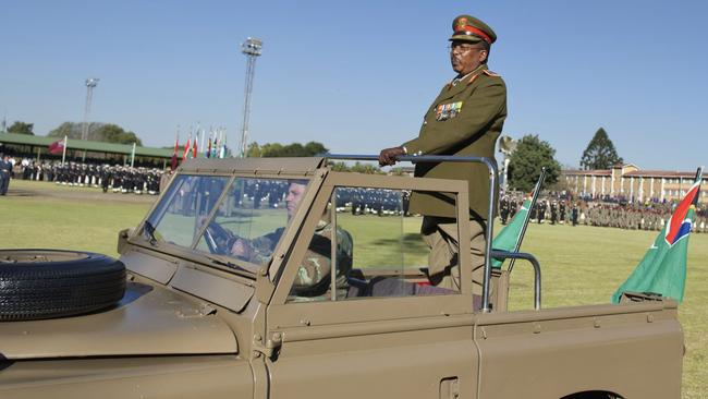 Soldiers under Lieutenant General Solly Shoke, head of the South African National Defence Force, will support the already heavy police presence in Bonteheuwel, Delft, Hanover Park and Philippi East townships. Picture: Craig Nieuwenhuizen/Foto24/Gallo Images/Getty Images