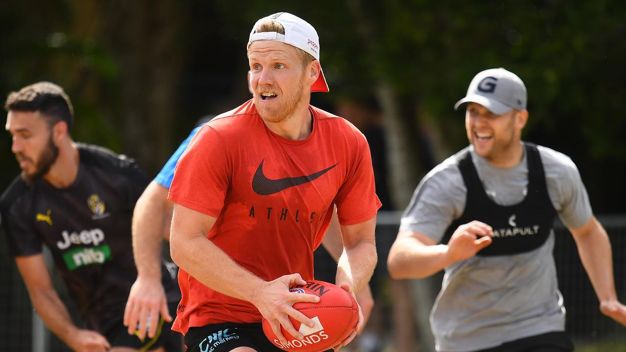 Dan Hannebery could make a surprise AFL return. Photo: Quinn Rooney/Getty Images.