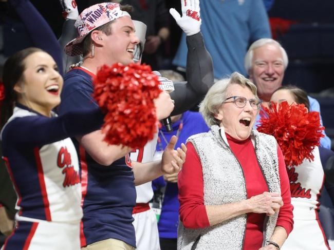 The moment Mary Ann Wakefield realised she had won a car. Image: Ole Miss Sports